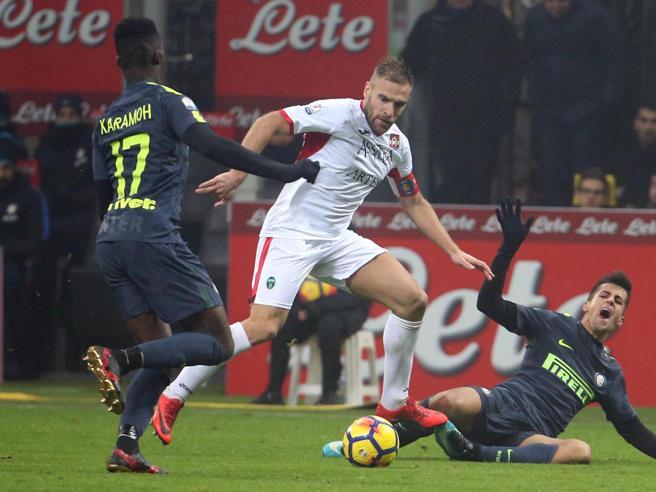 Il Pordenone a un passo  dal sogno a San Siro: l'Inter passa solo ai rigori| Sui social