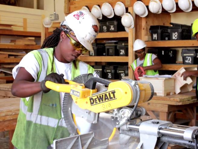 Non è un lavoro per donne: ecco le occupazioni (ancora) vietate nel mondo