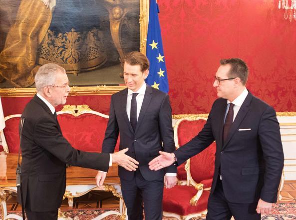 Austria: pronto nuovo governo nero-blu dimensione font +