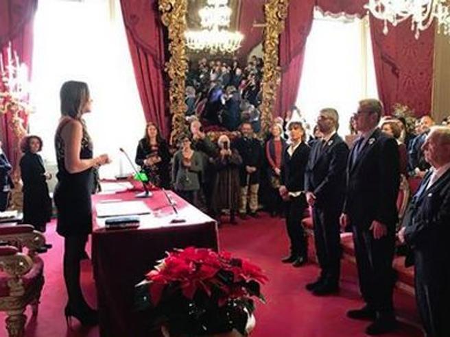 Boschi celebra l'unione civile degli amici Riccardo e Ivan: «Un brivido di emozione»