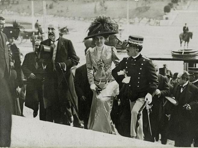 Casa Savoia, le spoglie di Vittorio Emanuele già in volo verso l'Italia