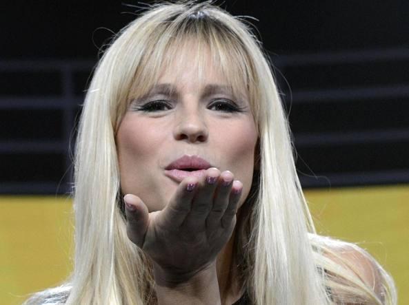 Michelle Hunziker, Sanremo 2018: Rai, problema col cachet