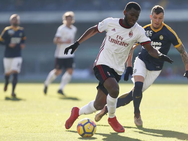 Verona-Milan 3-0, le pagelle rossonere: Kessie il meno peggio, Suso errore decisivo