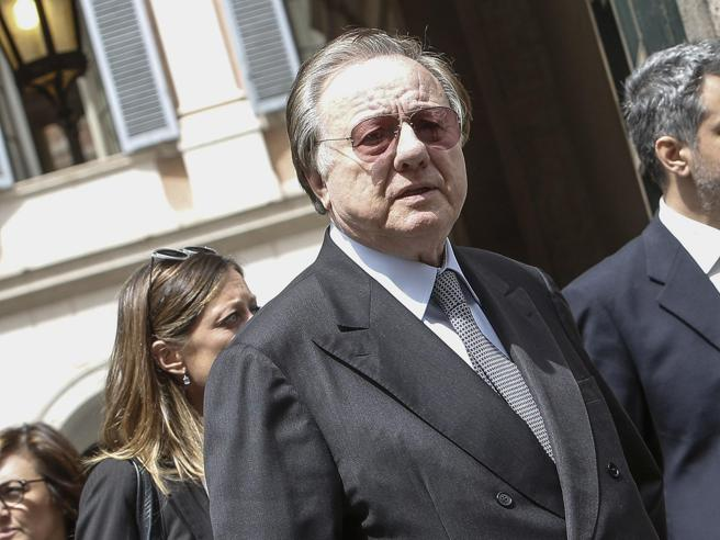 Morto Altero Matteoli, l'ex ministro coinvolto in un incidente stradale