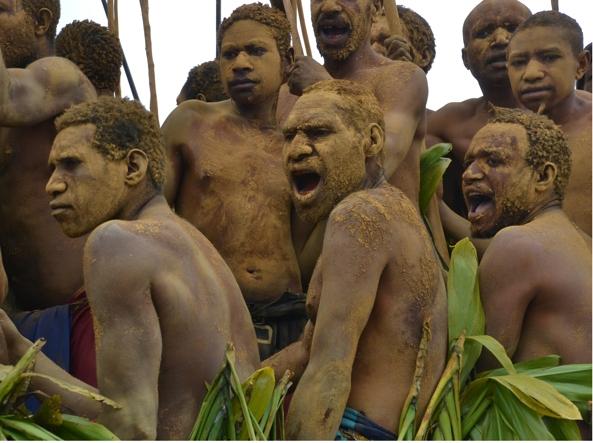 Una tribù di Papua Nuova Guinea