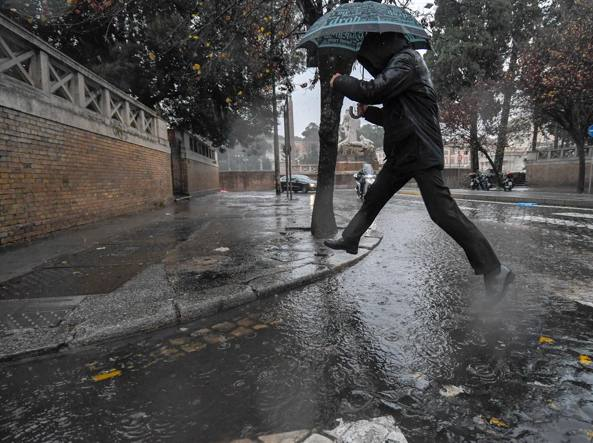 Meteo, ecco il maltempo: allerta per piogge in Appennino