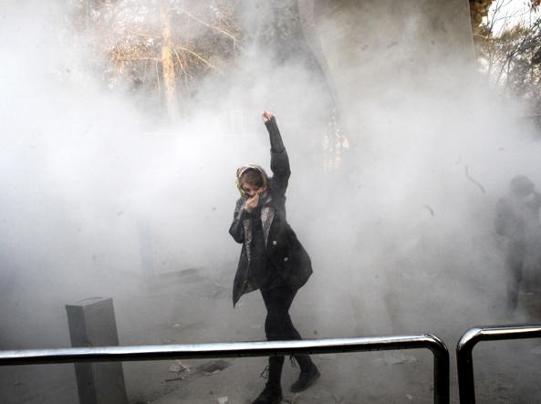 Proteste in Iran, 12 morti