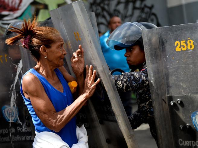 Venezuela, diciottenne incintauccisa per un «prosciutto di Natale»