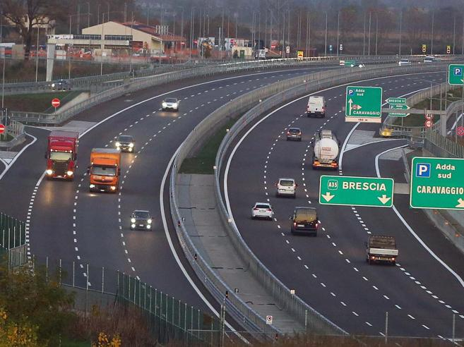 Le concessioni autostradali? In Italia coperte da segreto di Stato