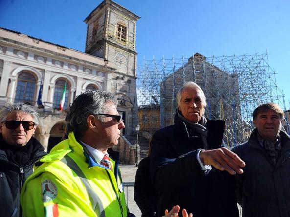 Norcia, centro polifunzionale sotto sequestro: avviso di garanzia al sindaco Nicola Alemanno