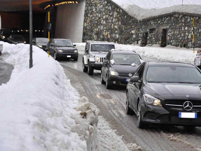 Pioggia, neve e vento forte: allerta al Nord. Rischio valanghe in Piemonte Il meteo
