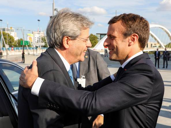 Macron: Europa fortunata con Gentiloni, spero di proseguire lavoro