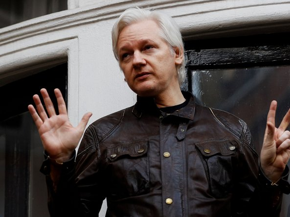 Wikileaks: il Regno Unito nega lo status diplomatico ad Assange