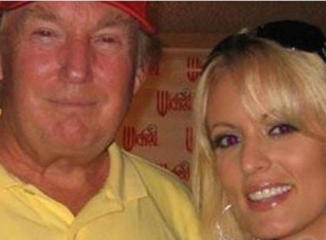 Wall Street Journal: «Pornostar pagata 130mila dollari per tacere su Trump»