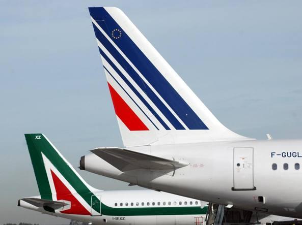 Alitalia, Lufthansa: acquisto condizionato a tagli significativi dei commissari
