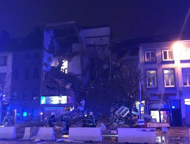 Belgio, esplode ristorante italiano ad Anversa:2 morti, 12 feriti Foto |Video