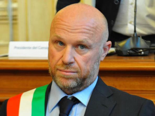 Filippo Nogarin indagato per omicidio colposo per l'alluvione di Livorno