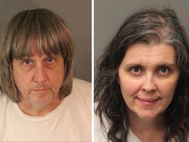 13 figli in catene e lasciati senza cibo: arrestata coppia di genitori in California|video
