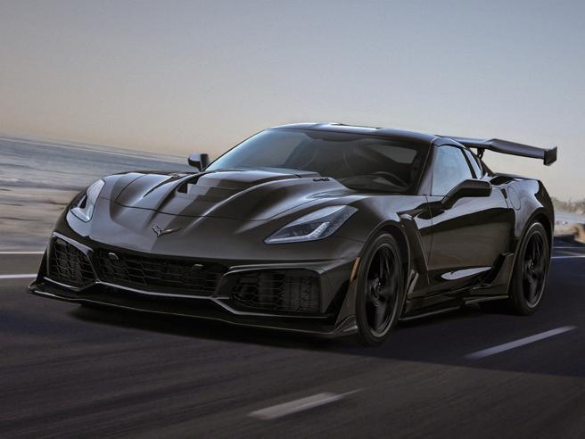 Nuova Corvette ZR1, con i suoi 750 cavalli è la sportiva Usa più potente di sempre