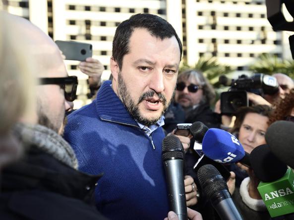 Lega: Salvini, riaprire le 'case chiuse'