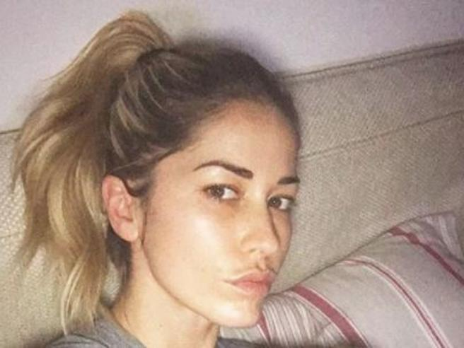 Elena Santarelli in tv, le accuse dei social: «Sei una cattiva madre». Lei replica: «Vergognatevi»