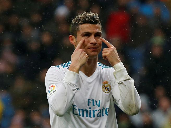 Mercato,  Cristiano Ronaldo e la Juventus «Una suggestione impossibile»Morais al Napoli. L'Inter apre a Sturridge