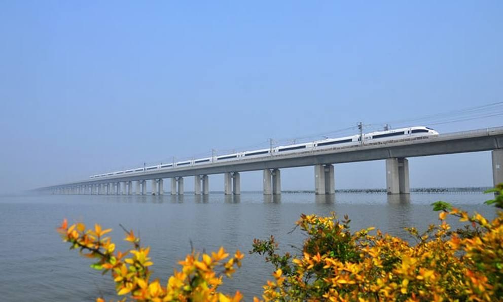 I ponti pi lunghi del mondo for Foto di ponti coperti