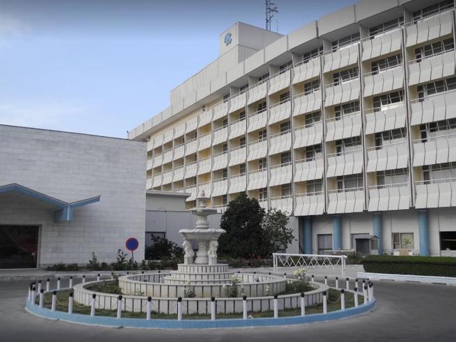 Afghanistan, attacco in corso  all'hotel degli stranieri a Kabul:  «15 morti»