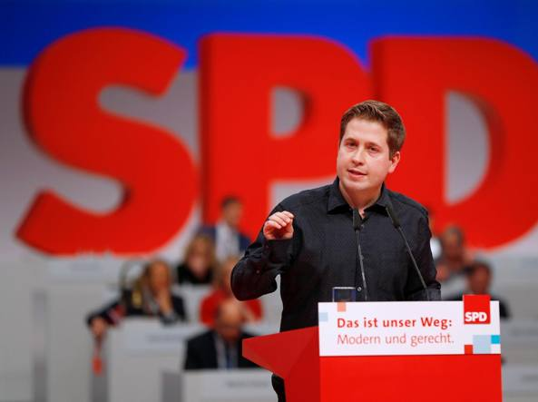 GERMANIA Sì della Spd alla grande coalizione