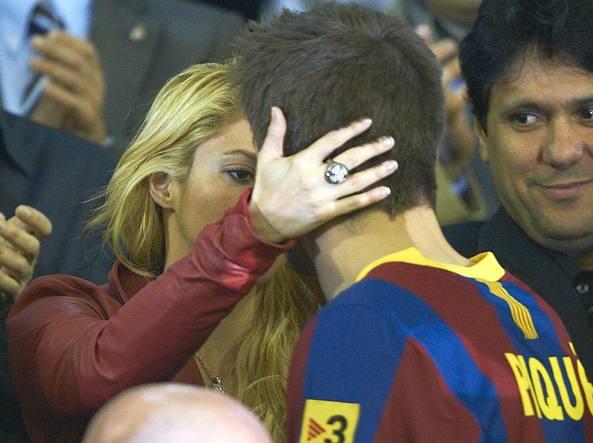 Shakira nei guai: accusata di evasione fiscale