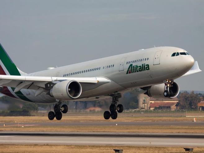 Alitalia, stop al   Roma-Pechino 'Rotta in perdita e slot sfavorevoli'