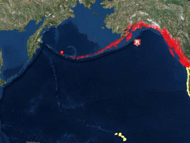 Alaska, terremoto 7.9 in mare Allerta tsunami (poi rientrato) in Usa e Canada|L'allarme|La fuga