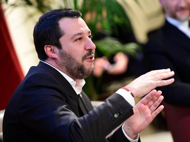 Salvini si smarca da Berlusconi: «La Ue? Se il 3% ci danneggia, per noi non esiste»Padoan: timori Ecofin  per il  voto in Italia