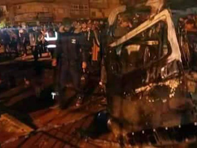 Attentato a Bengasi: 27 mortiTra le vittime  vertici degli 007