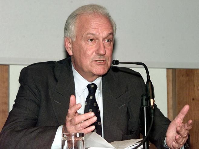 Fresco: «Agnelli mi disse: quando sarò morto venda la Fiat»