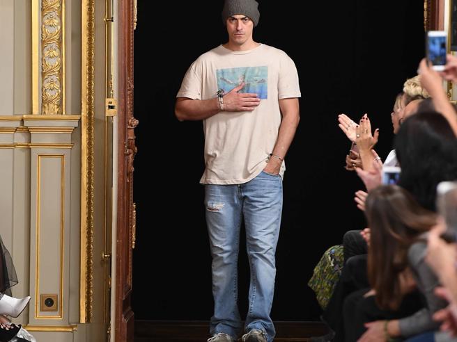 Gabriele Moratti: così creo gli abiti Redemption, metà degli utili vanno a charity