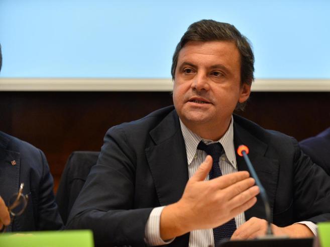 Calenda: «Salvini è incostituzionale Ma chi ha paurava protetto»