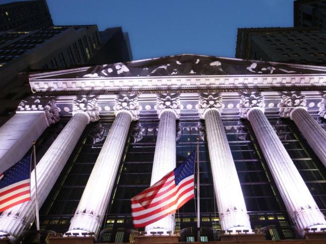 Wall Street a picco sul finale di seduta Rischio inflazione, il Dow Jones a -4,6%