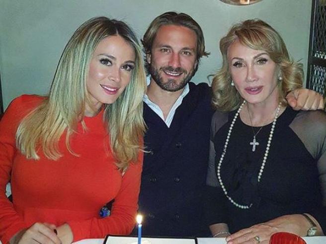 Diletta Leotta, sui social lo scatto con mamma e fratello