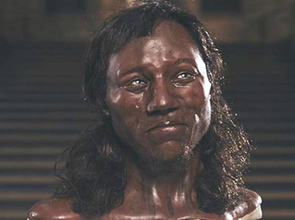 Avevano la pelle scura i primi europei