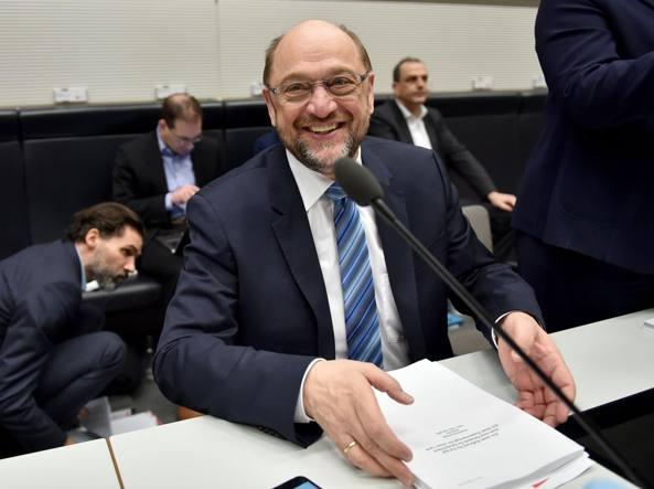 Merkel e Schulz, accordo raggiunto: ecco il governo di Grosse Koalition