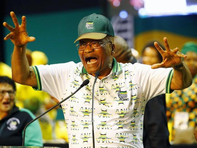 Il Sudafrica prepara l'uscita di scena di Zuma il corrotto