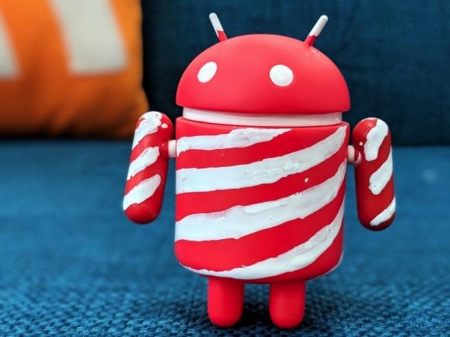 Con Android P potrebbero arrivare i primi smartphone con «tacca» simile ad iPhone X