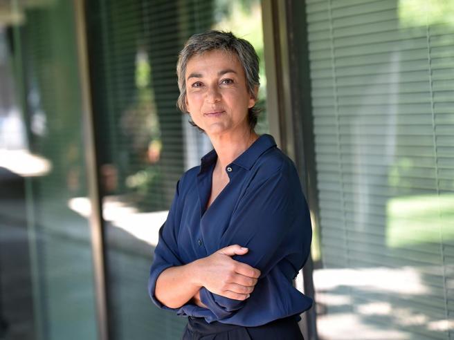 Daria Bignardi: «Ho avuto un tumore al seno, mi prendevano in giro per i capelli ma avevo fatto la chemio»