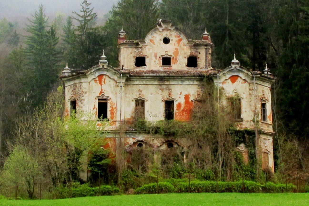 Non soltanto winchester le case stregate in italia le for Foto di case antiche
