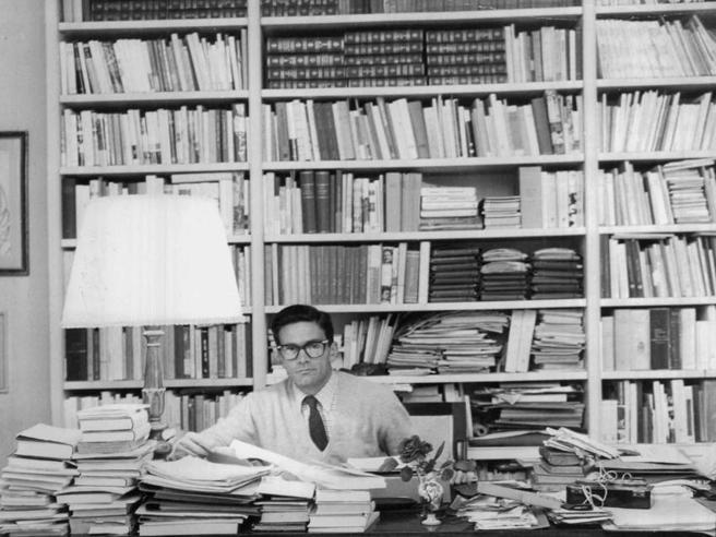 Unghiate sulle pagine - Foto La biblioteca-officina di Pasolini