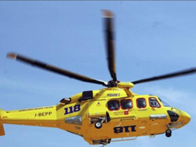 Svizzera, valanga travolge dieci sciatori Due feriti, altri otto tratti  in salvo