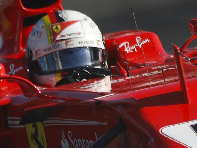 La nuova Ferrari  tutta rossaÈ un ritorno alle origini