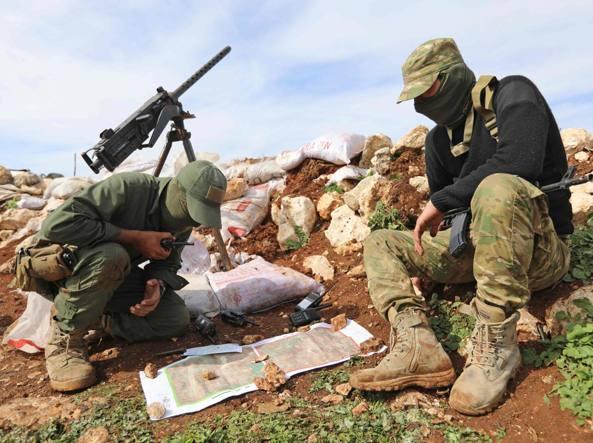 Siria: milizie filo-Assad entrano in enclave Afrin