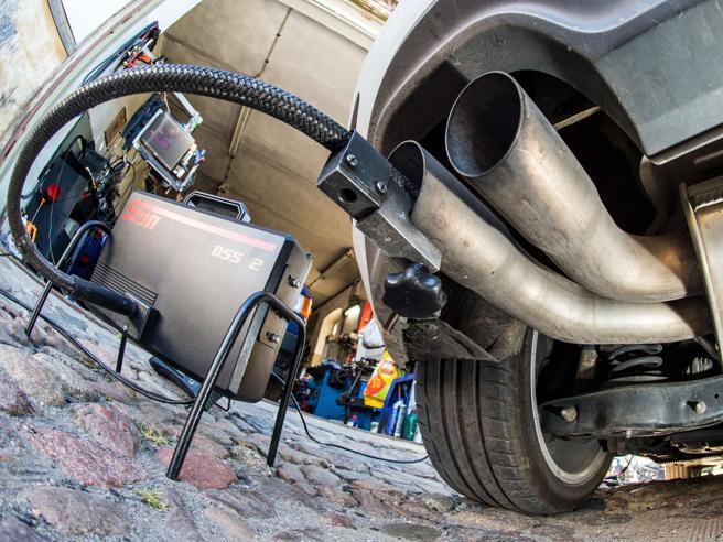 Dieselgate: anche Mercedes nel mirino degli investigatori Usa